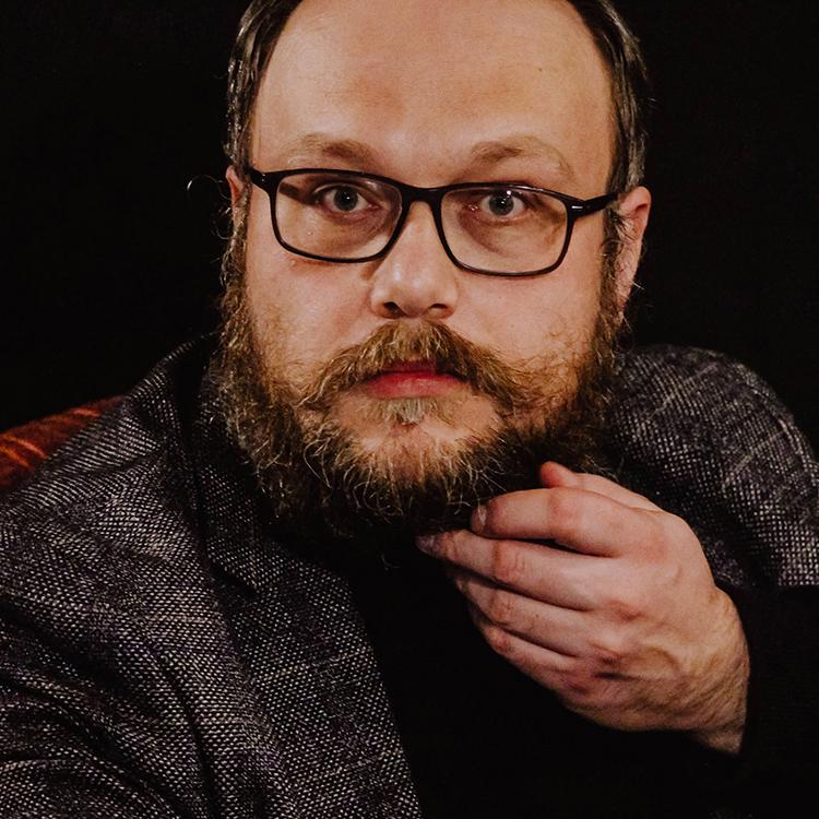 Hubert Mącik / Piątek wieczorową porą